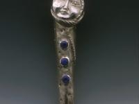 harlequin-luna-pin